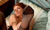 Anilos Kay C Pink pussy redhead playing with herself on her bed