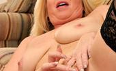 Anilos Dawn Jilling Sex craving busty milf fucks a long dildo on a mirror