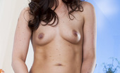 Twistys Lily Carter Lily Carter gets aroused exposing her body