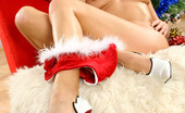 Twistys Lenka Drozd All Lenka wants for Christmas is for you to come watch her flaunt her gorgeous curves! Download zip here: http://girls.twistys.com/preview/christmas-treat/lenkadrozd/LenkaDrozd.zip