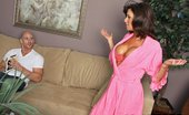 Brazzers Veronica Avluv Pussy That Sucks Cock Veronica is a frustrated single mom that hasn't been fucked in ages. She gets her chance when her da...