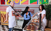 Brazzers Audrey Bitoni,Honey White Boston Cream 30092 Johnny Sins works a boring minimum wage job at a doughnut shop. To spice up his day, Johnny and his ...