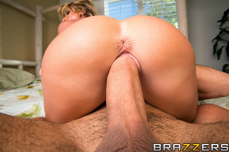 hot pussy movies Hot wet pussy gets exposed in hardcore scenes at Risky Teen Video.