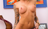 Naughty America Juelz Ventura Juelz Ventura finds it odd that her boyfriend forgot his phone. He's never apart from it. She decides to look through it to make sure he's been getting the text's that she sends him. Well, she find that not only is he getting her text, but