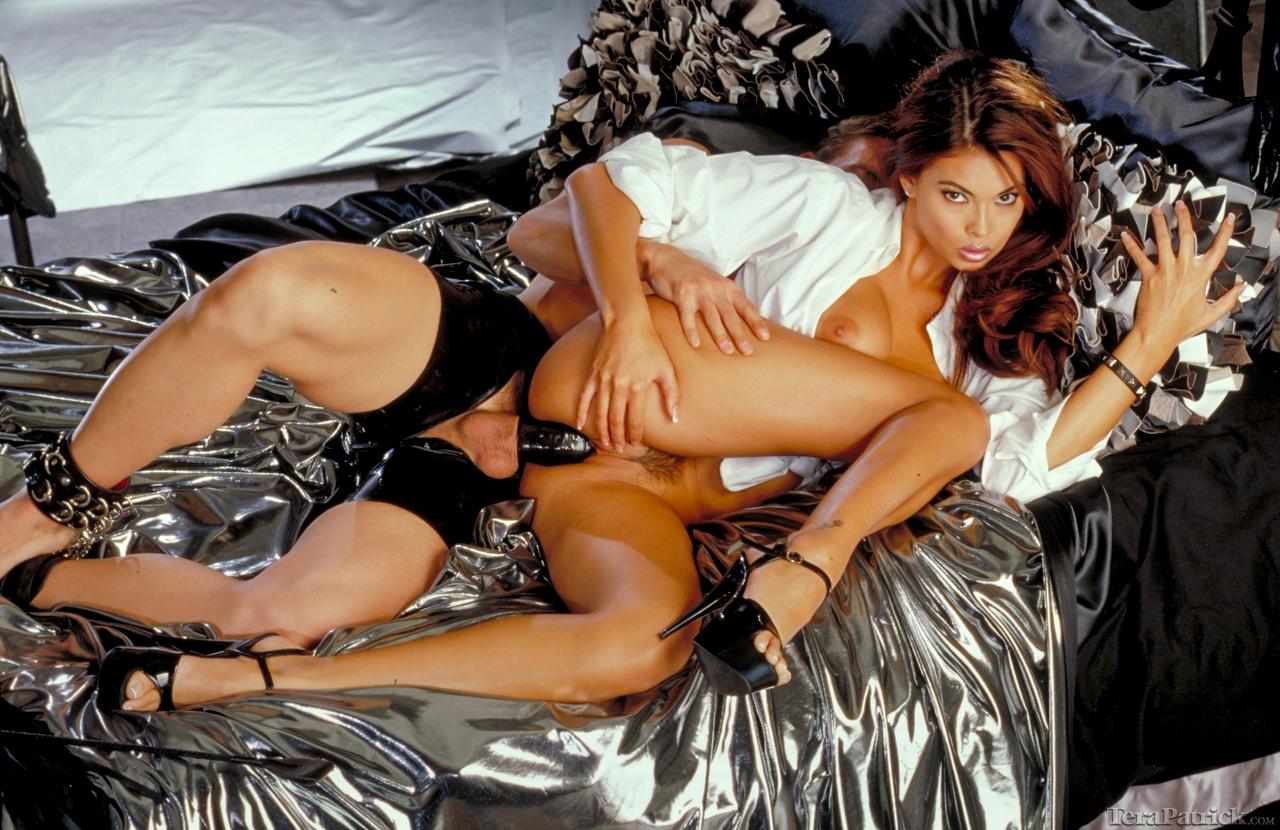 babhi naked on bedroom