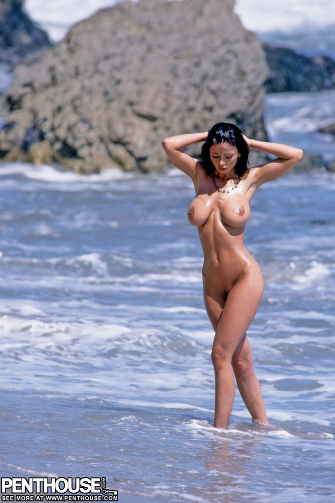 Veronica Blue  nackt