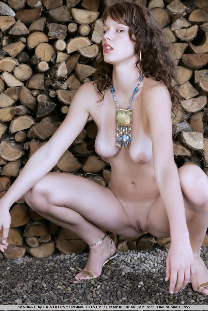 Sandra Ferrara  nackt