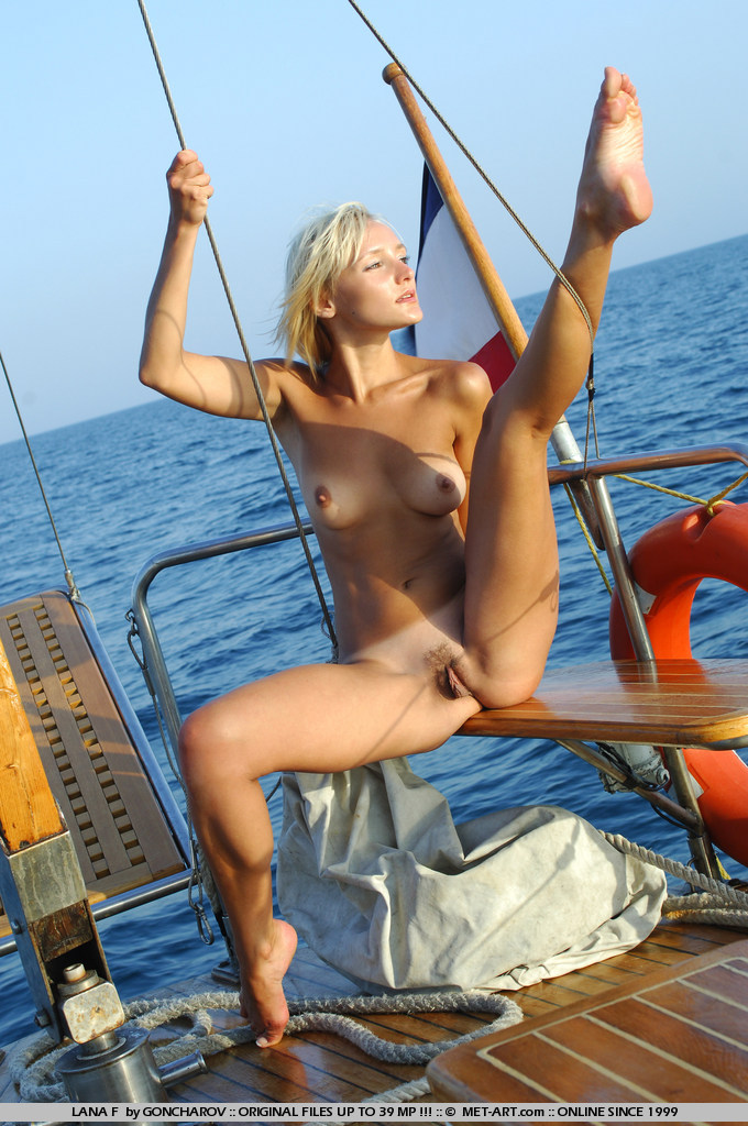Hot Girls Sailing Naked! - Porn Video 692 Tube8