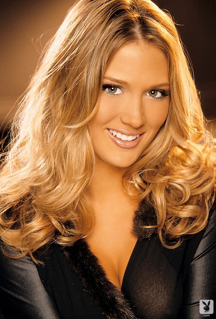 nackt Corey Amanda Amanda Corey