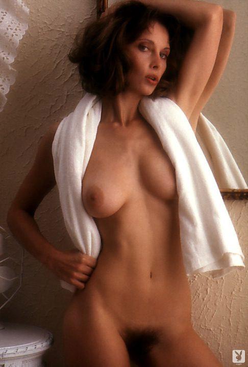 Linda Ashton  nackt