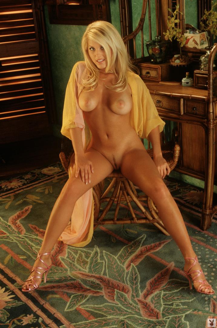 Cline  nackt Kristi Playboy Centerfold