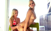 Alexis Texas plays with Kaydens fresh young pussy in this erotic lesbian sceme