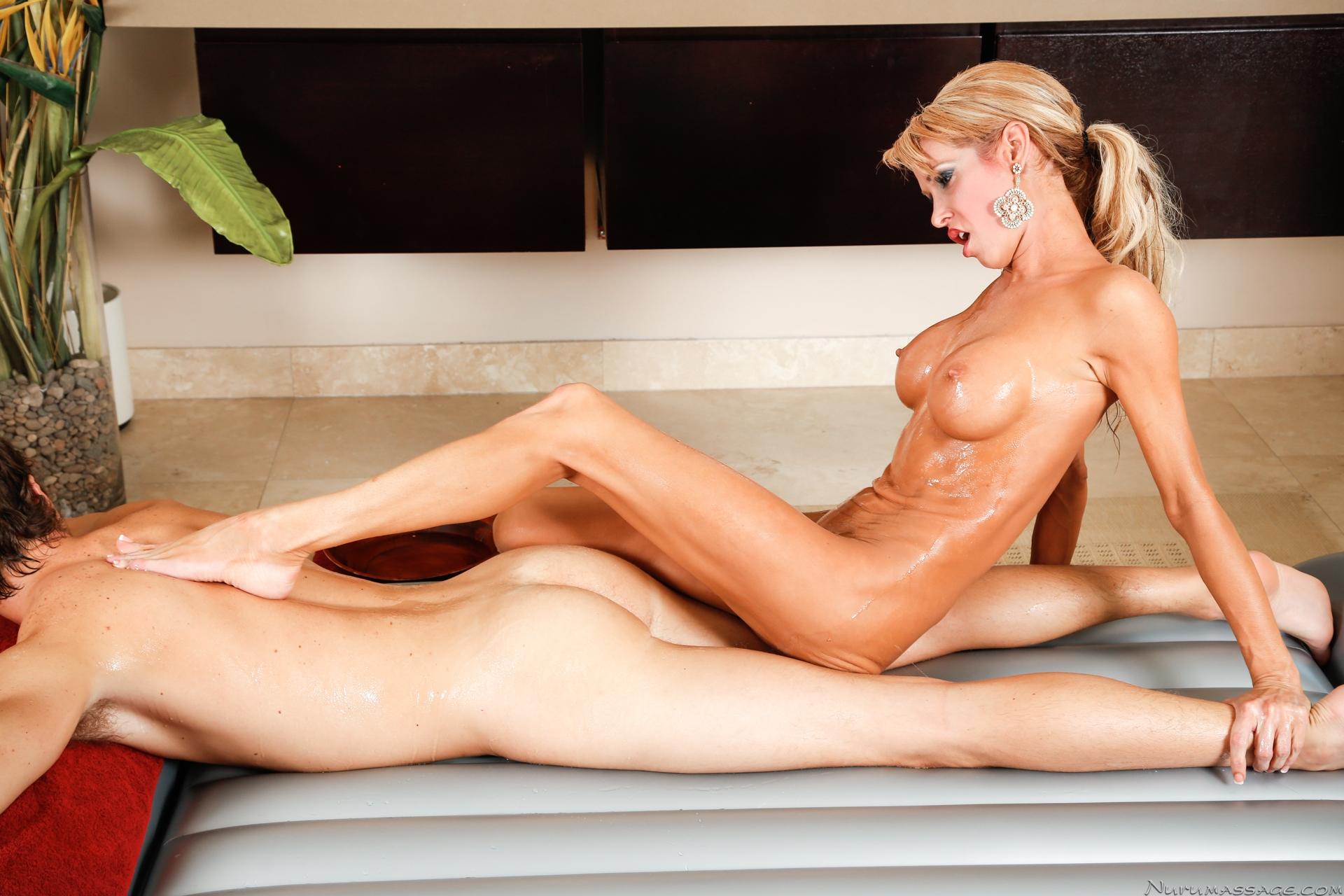 mies seksi nuru massage online