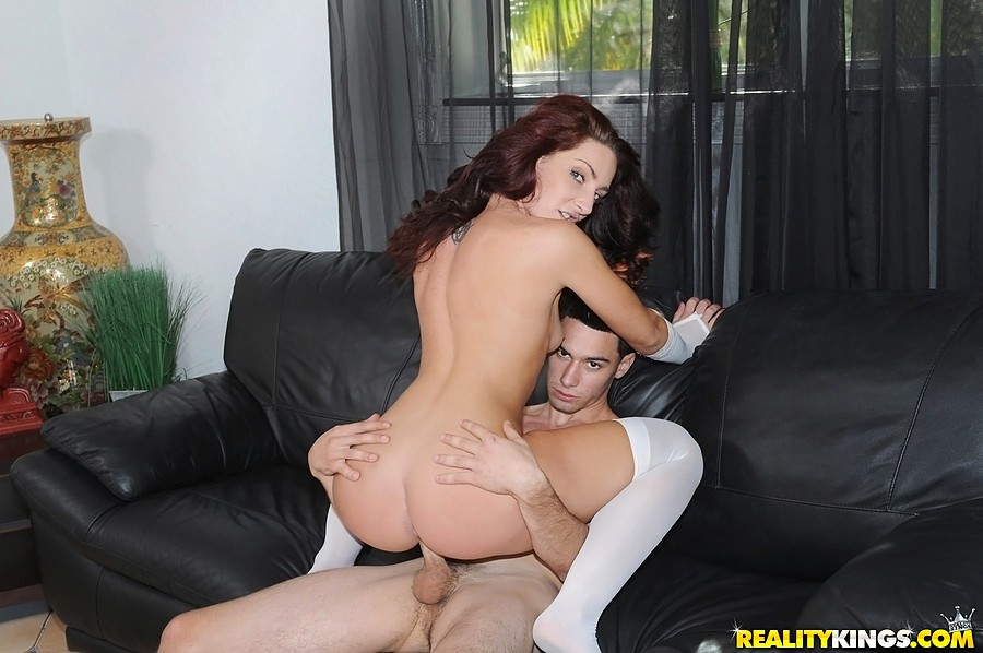 Hot Sexy Shemale Fucks Guy