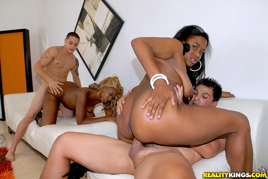 Ebony squirting hardcore free porn