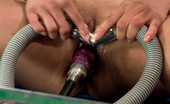 Fucking Machines Flexy Asian babe machine nailed and cumming