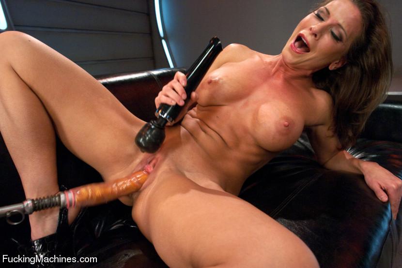 Hardcore Sex Toy Machine