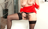 Scoreland Vanessa Y. 65832 A Hairy Situation