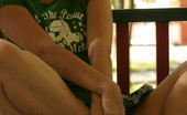 Teen Ariel in sexy green shirt!