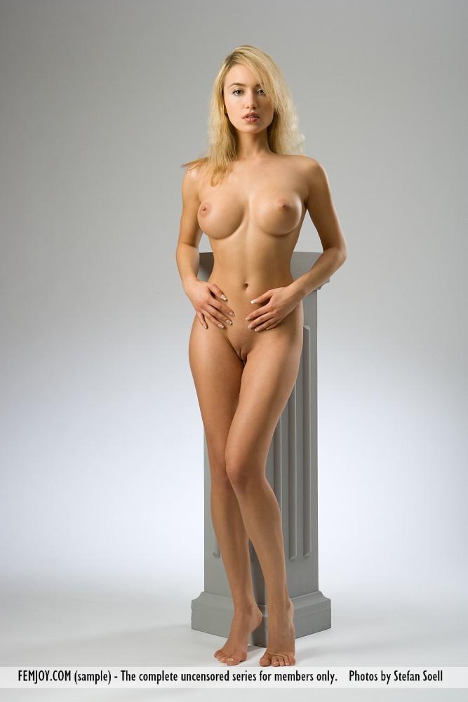 nackt May Lia Lea Michele,