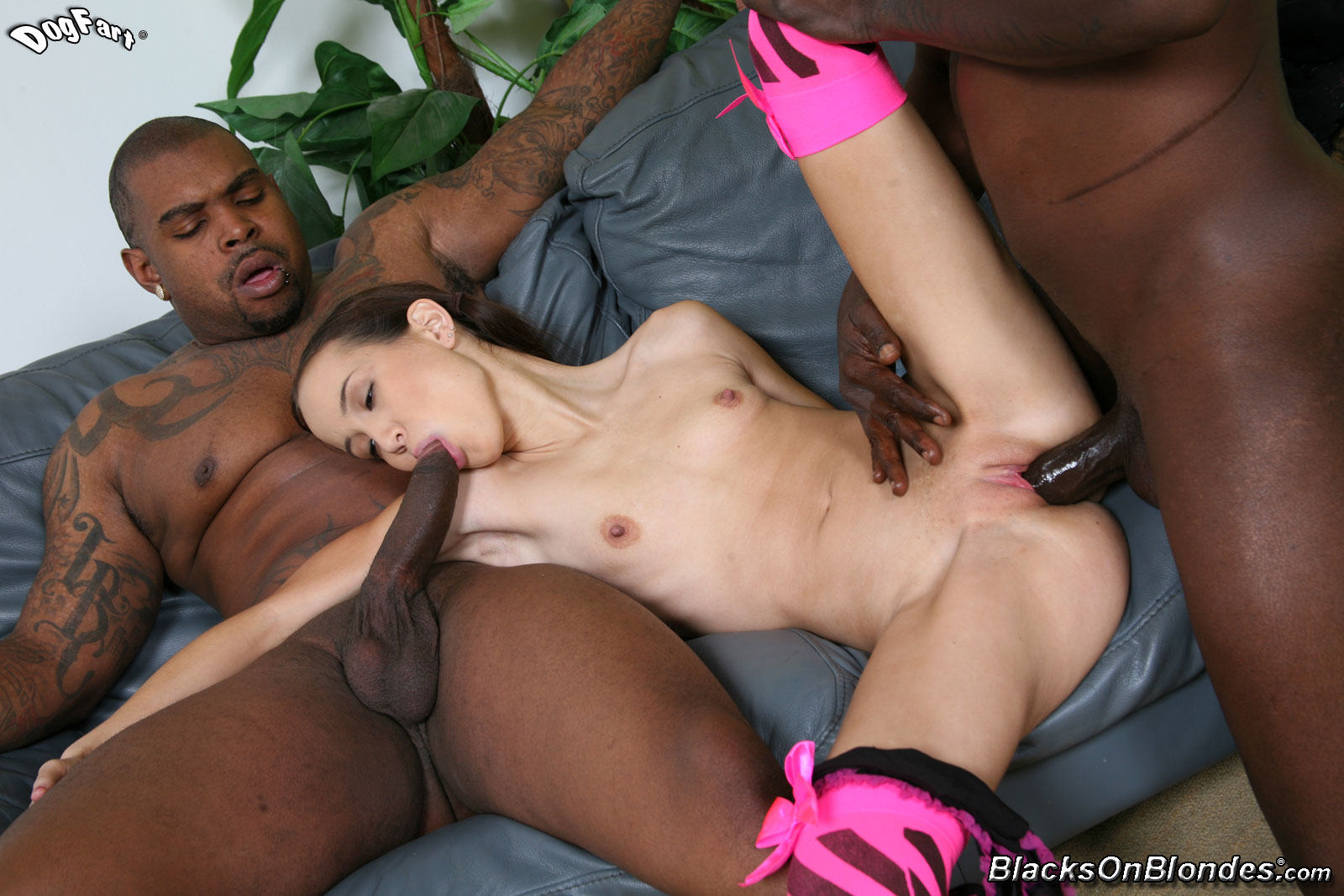 Black monster fuck hot girl fucks videos
