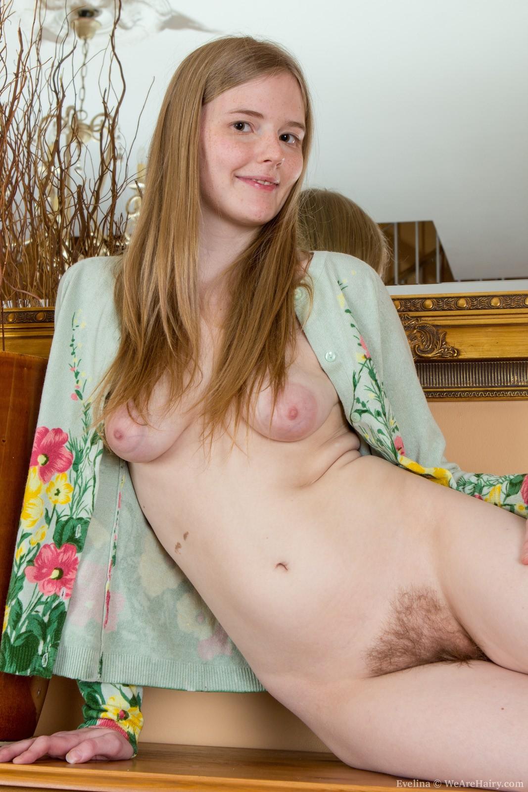 Hot youmg girls nude