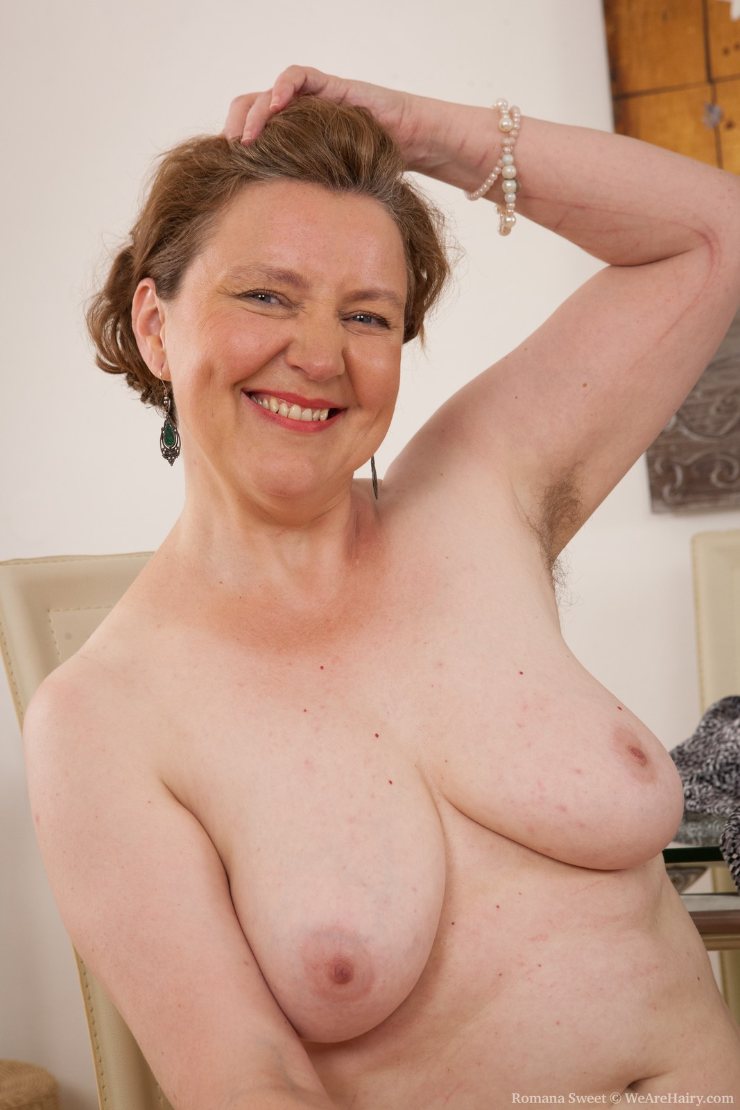 Hairy mature women porn and thought