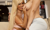 Sarah Vandella melts for Tasha Reign
