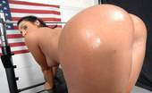 Monster Curves  Super hot big ass american babe stumbles on a work out video instructor and gets her box ripped open in these hot gym fucking pics and video update