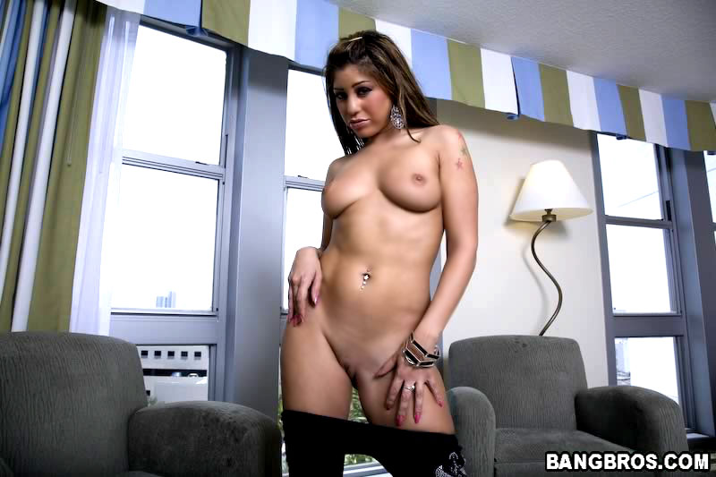 16 inch cock didnt scare this slut wife at all her hubby 1