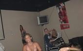 Nebraska Coeds 072709wettshirtcontestbullsclub iroc235 15pic drive2 072709 wet tshirt contest bullsclub 4
