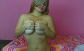 Naked.com Watch this hot sexy colombian on her priovate webcam show fucking her sweet lil puss