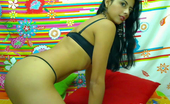 Naked.com Sexy naked latina on her webcam wants to cum with you in her private webcam chatg