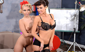 Hot And Mean Veronica Avluv and Aaliyah Love Vintage Vixens Veronica Avluv and Aaliyah Love are the two most popular pinup girls in the whole world. When they g...