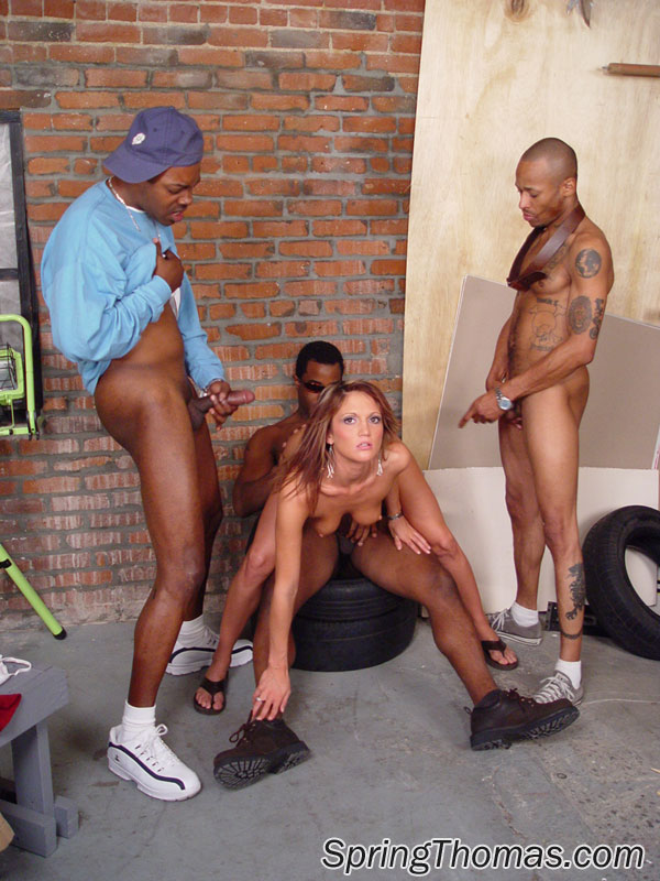Gangbangs Kostenlose Galerien interracial Black Gangbang