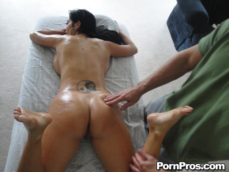 Nackte Massage Happy Ending