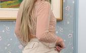 Private School Jewel Desktop Stripper 18 year old beauty strips on hotel desk
