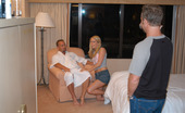 Cum Fiesta janie Iresistable blonde babe makes the camera man change his role