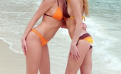 Club Seventeen Lilian Magda 114506 Two teen lesbian girls love swimming in the giant ocean