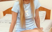 Club Seventeen Anna A horny teenage cutie can't stop touching herself in bed