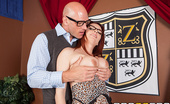 Big Tits At School Tiger Temptress Ashley Graham Who said acting was easy? At ZZ Academy, competition is fierce for roles in the school play. But Ash...