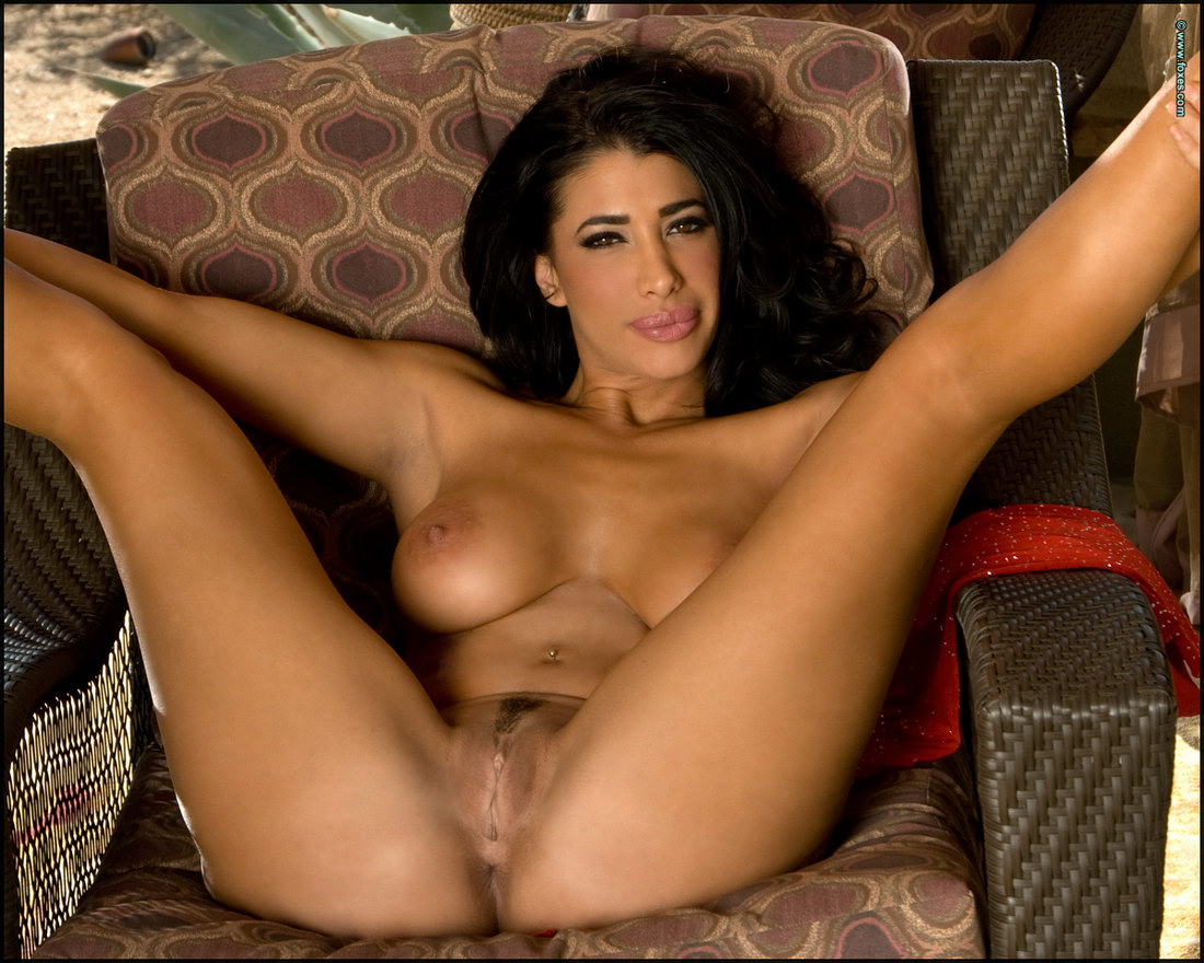 skinny brunette nude at home video