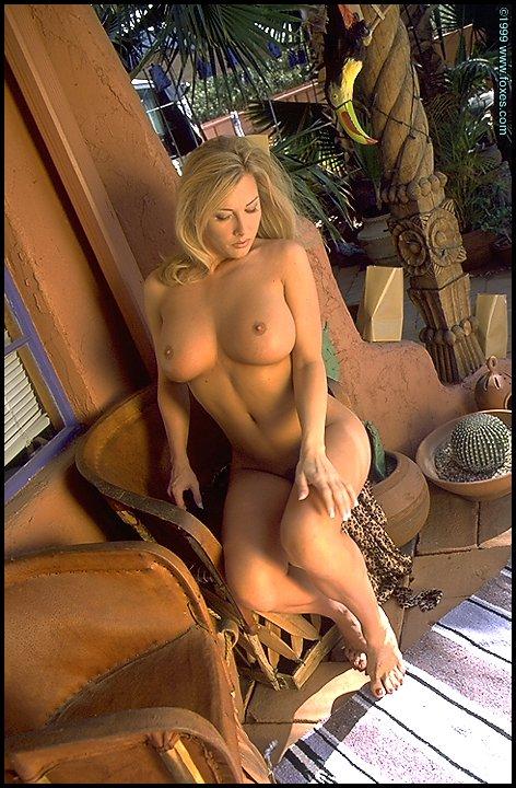 Leslie nackt Leah Leslie Porno