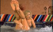Jacuzzi Girl Foxes.com Leslie Ann Blue Bikini Wet Pussy in Jacuzzi Babe