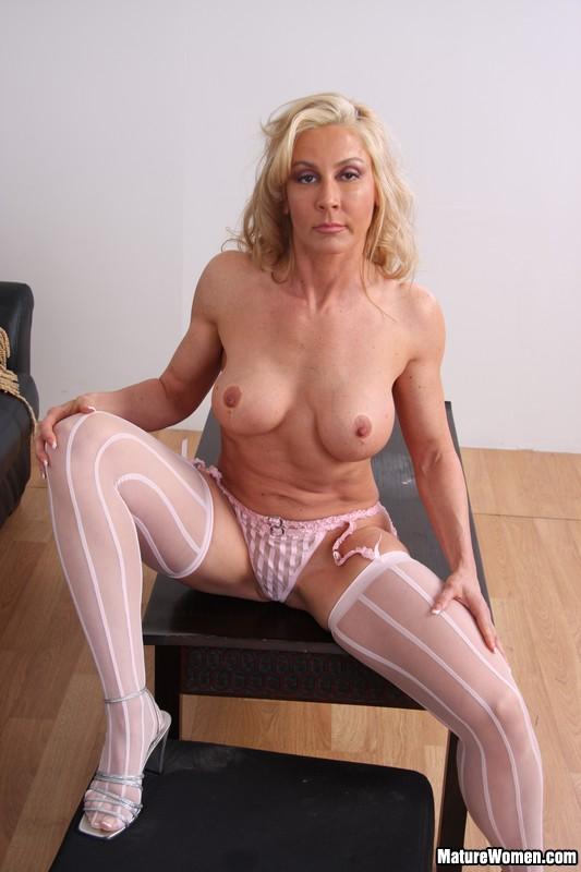 Big Tit Blonde Mature Creampie