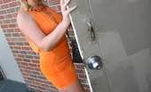 Gloryhole.com Flower Tucci Flower Tucci Fucks A Black Dude In Publi
