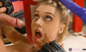 Fantasy HD Natalia Starr Hot Girl In Gym Lusts After Fighter Stud And Wants To Go The Distance