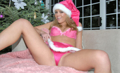 Real Orgasms Marlee 15 Pix Of Smokin Hot Blonde In Pink Gstring And Santa Hat With Her Vibrator
