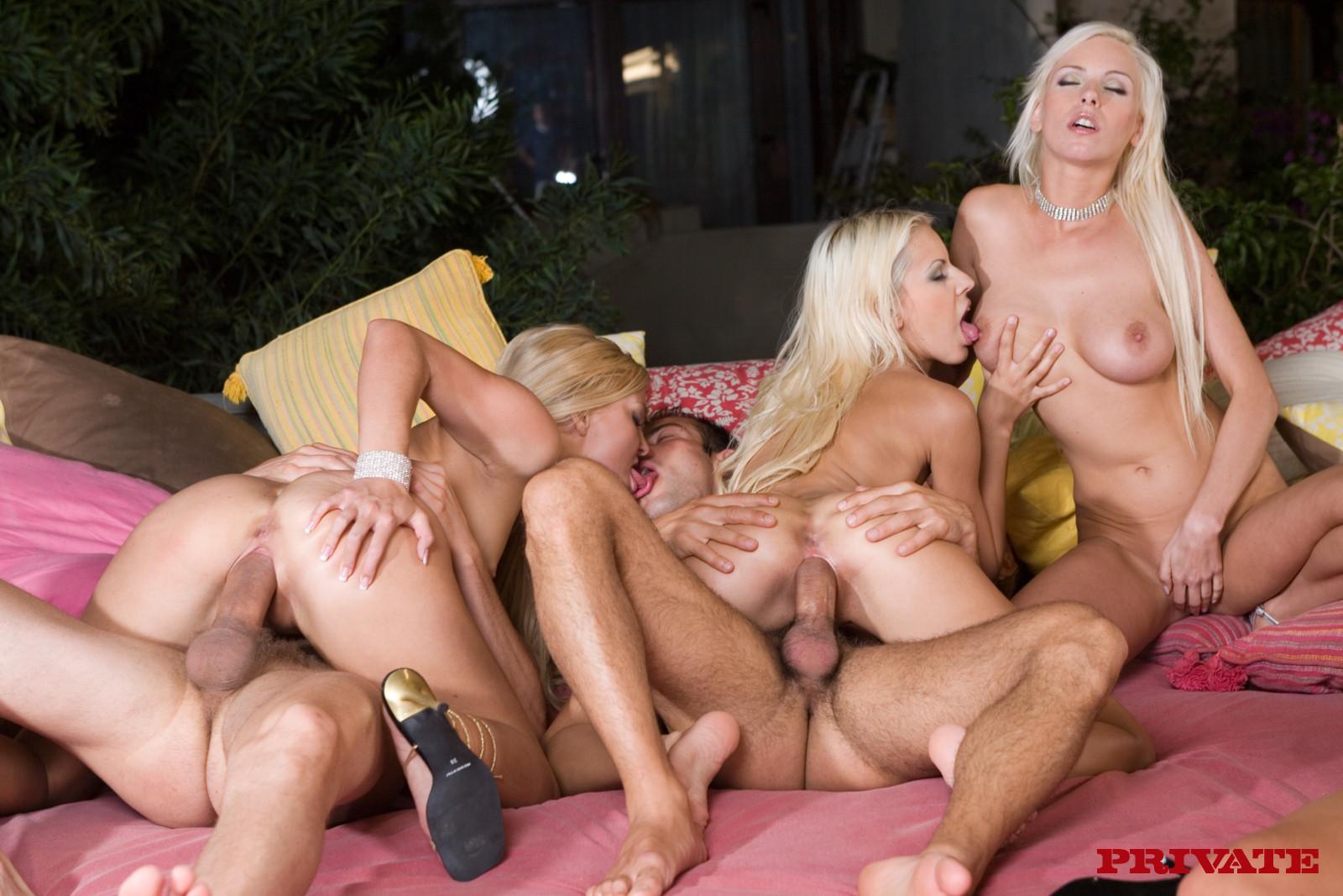 russkoe-porno-dve-blondinki