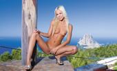Private.com Boroka Boroka 02 Boroka Babe Likes To Get Naked By The Pool